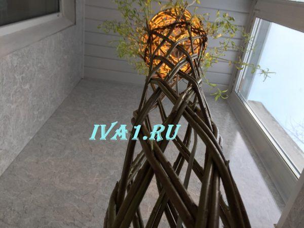 плетёное дерево в два прута