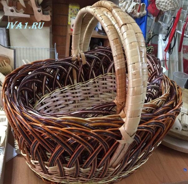 плетёная корзинка для фруктов
